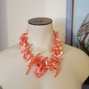 Jewelry - Coral like summer necklace